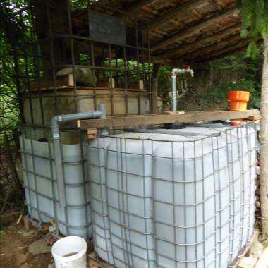ArtIBC biogas digester